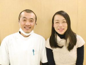 小松市で不妊の施術をうけた女性と先生の2ショット写真