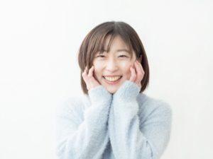 ワイズ整体院の笑う女性画像
