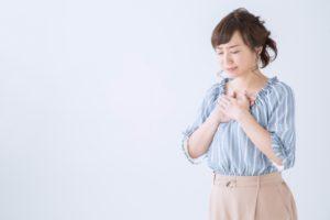 ワイズ整体院のストレスを抱えた女性画像